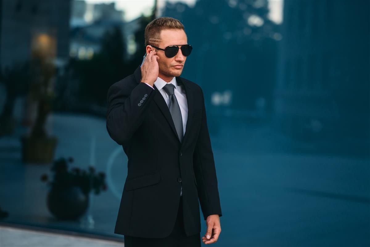בגדי עבודה ומדים לחברות שמירה – חשיבותו של ייצוג הולם